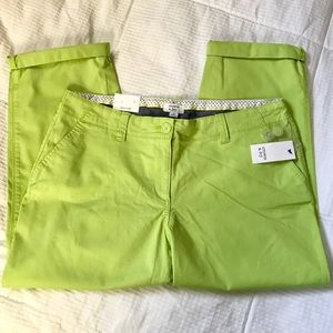 NWT crown & ivy capris